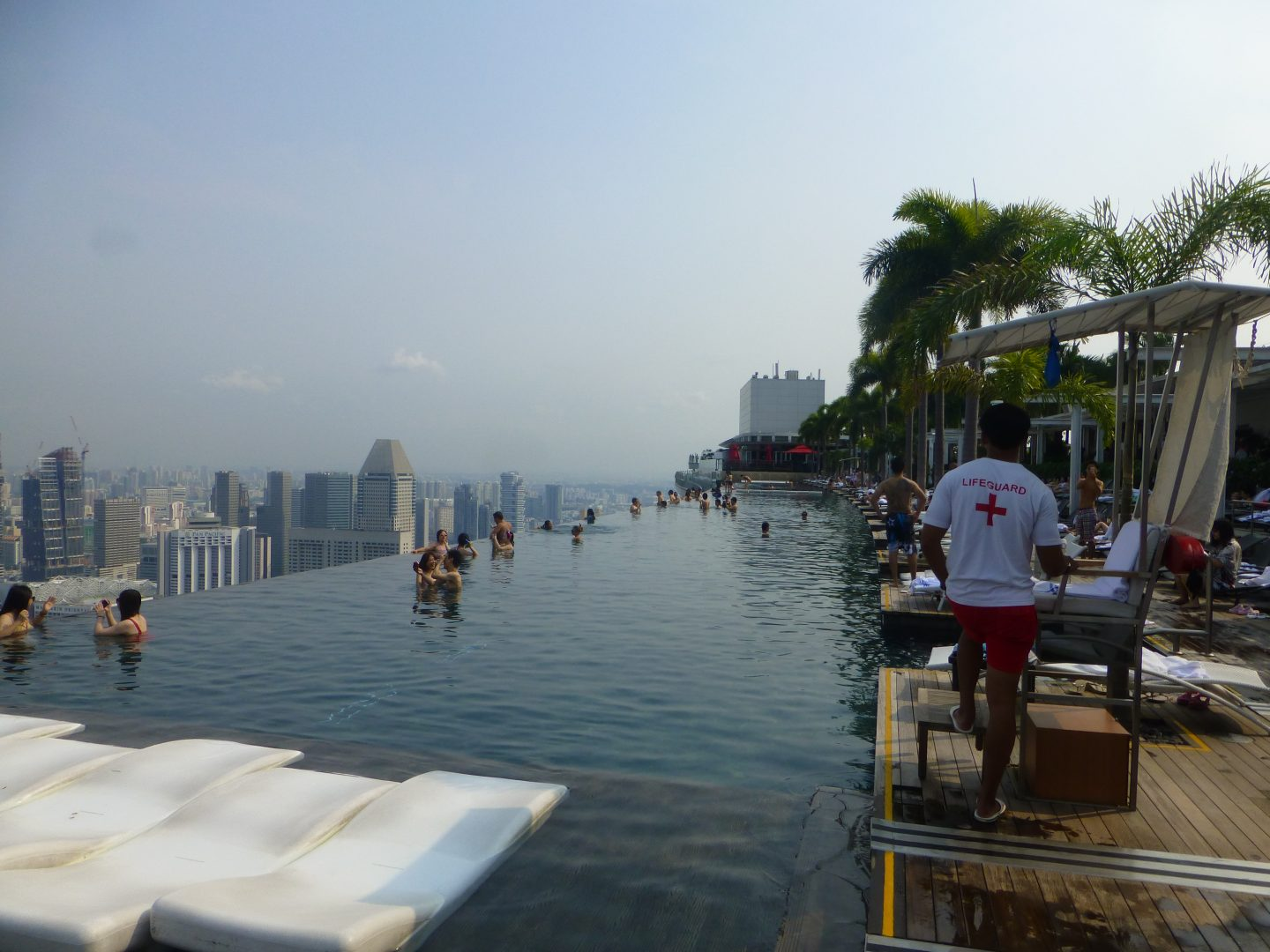 MARINA BAY SANDS INFINITY POOL AND SKYPARK