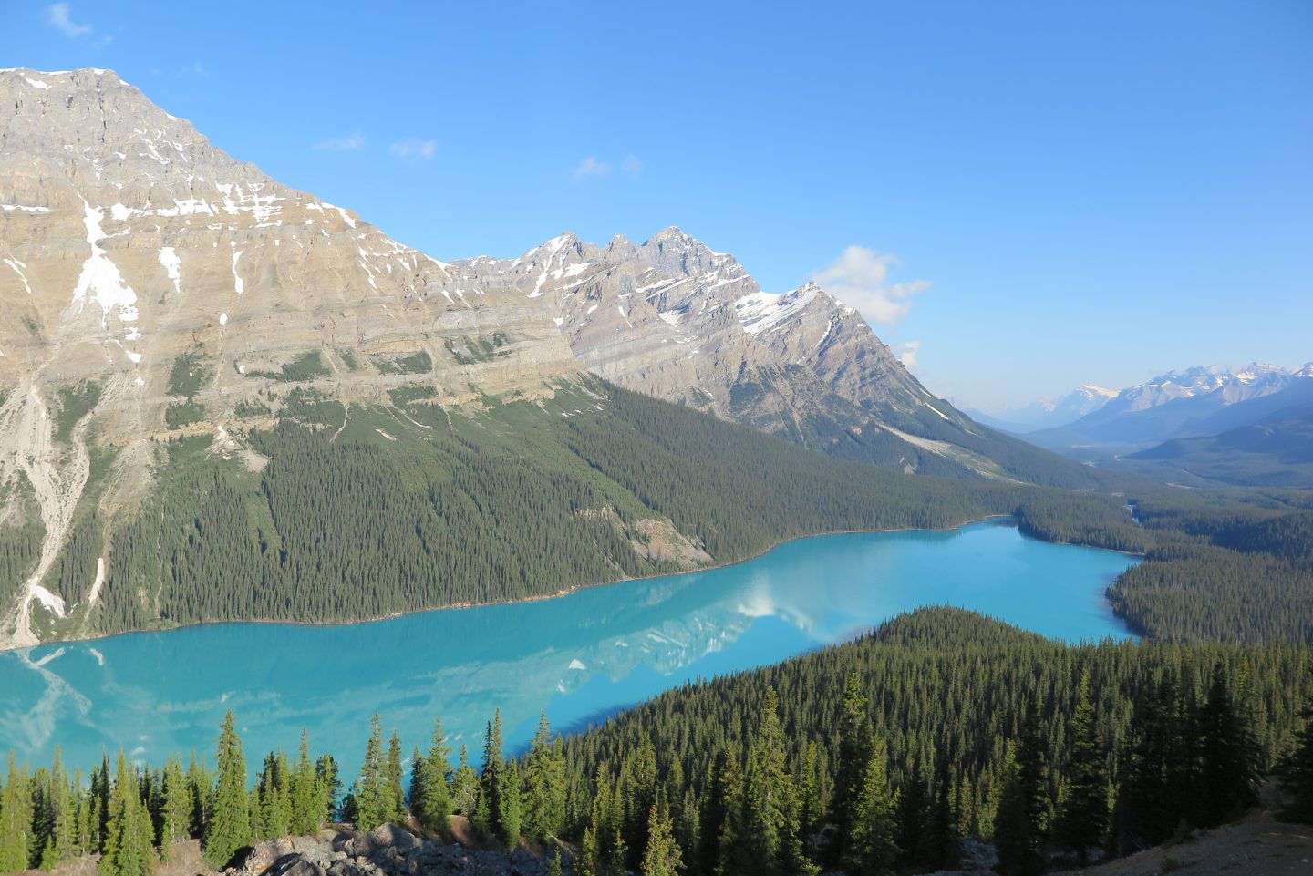 THE BEST LAKES IN THE CANADIAN ROCKIES